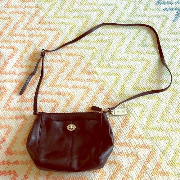 Coach Handbags - Little coach purse